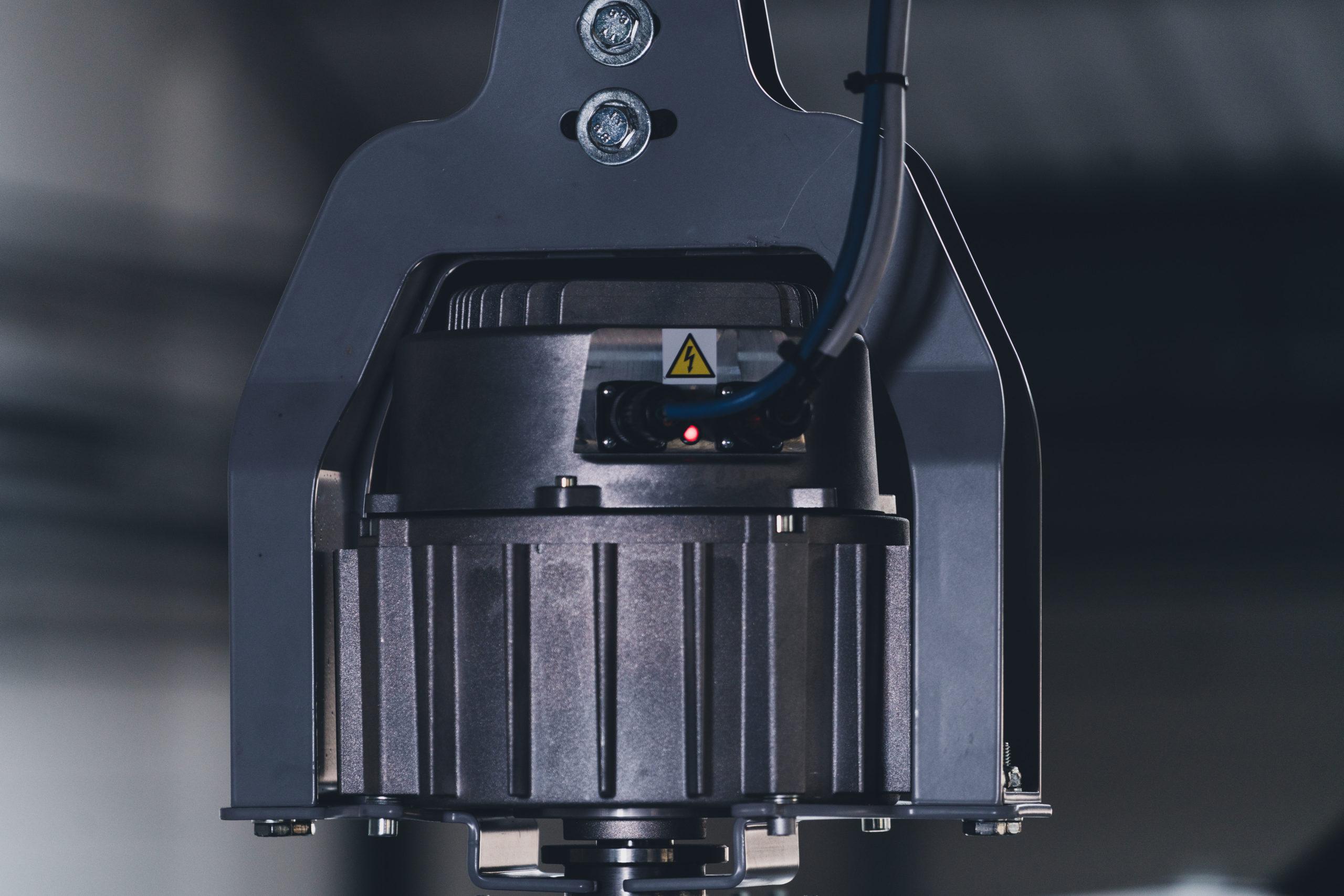 Optimvent® - Los mejores Ventiladores Industriales HVLS de techo - Ventiladores HVLS Optimvent - Motor Brushless HVLS scaled - Optimvent® - Los mejores Ventiladores Industriales HVLS de techo