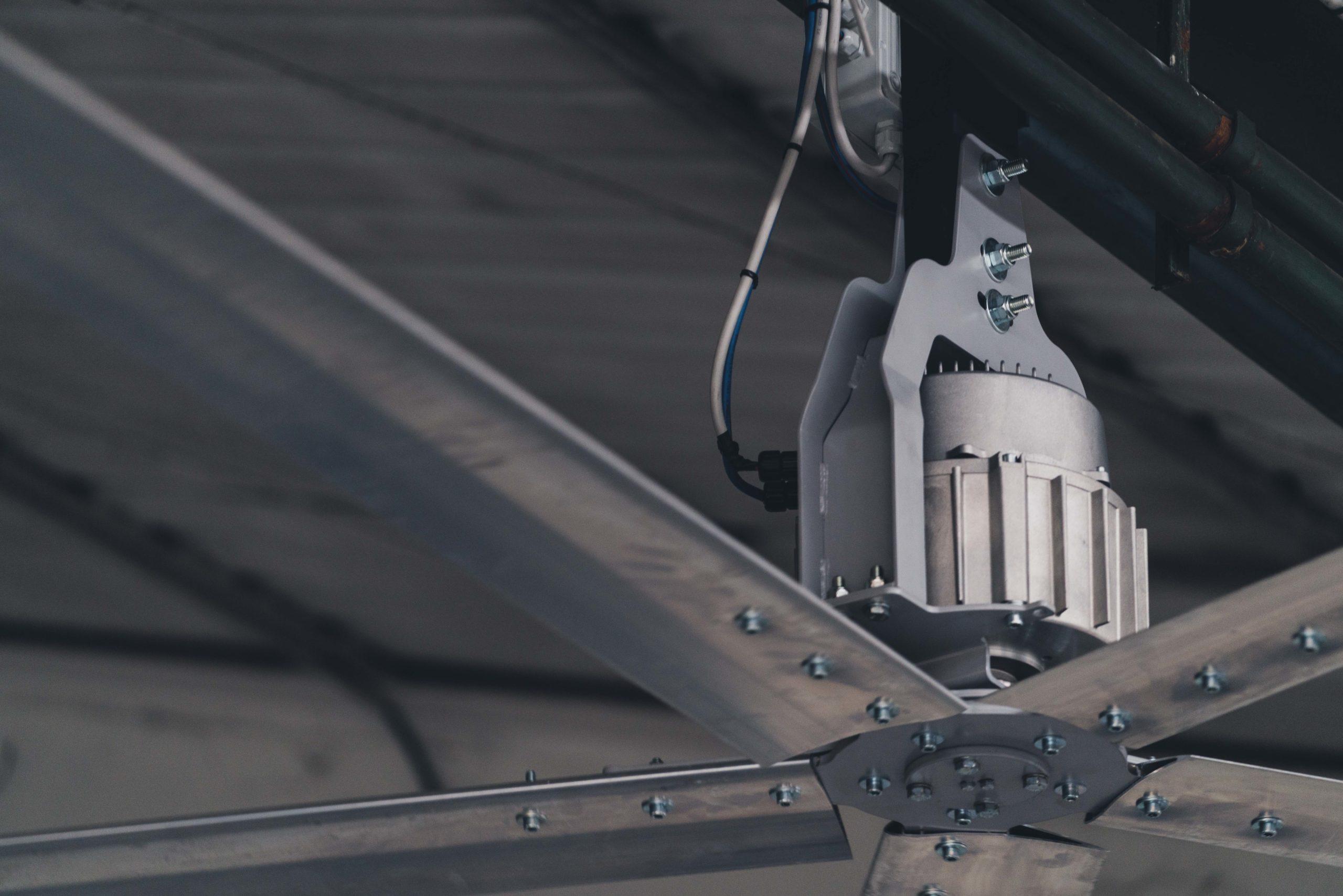 Optimvent® - Los mejores Ventiladores Industriales HVLS de techo - Ventiladores HVLS Optimvent - Ventilator industrial scaled - Optimvent® - Los mejores Ventiladores Industriales HVLS de techo